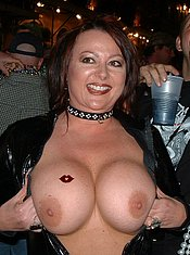 Flashing tits and pussy MILF